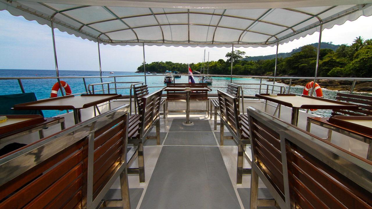MV Mermaid - Scuba diving - Phuket dive trips 14