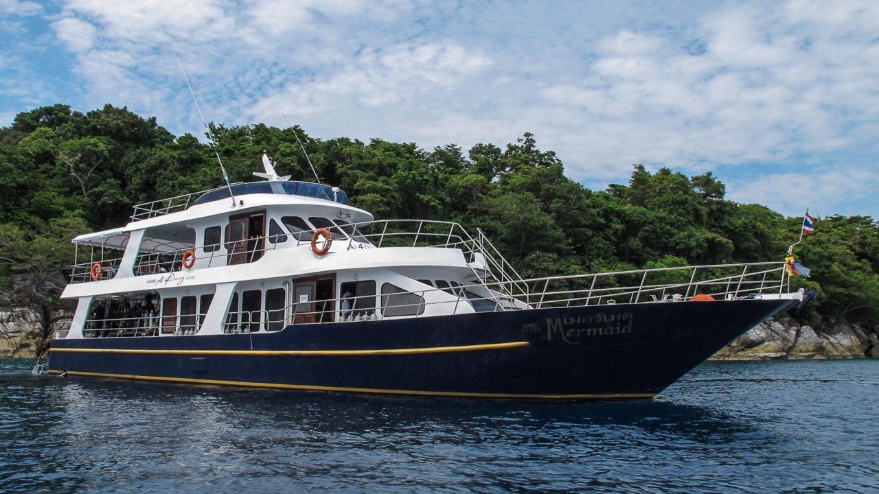 MV Mermaid - Scuba diving - Phuket dive trips 04