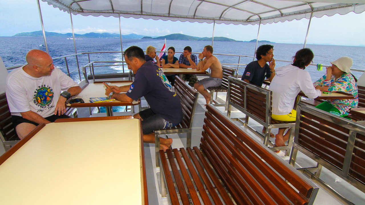 MV Mermaid - Scuba diving - Phuket dive trips up deck