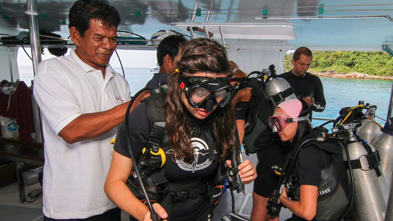 MV Mermaid - Scuba diving - Phuket dive trips 08